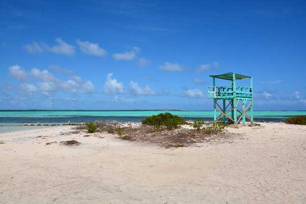 bonaire beach lifeguard stand 600
