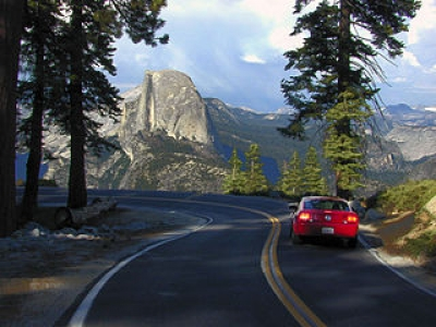 Road to Glacier Point