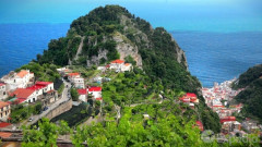 Amalfi Coast Vacation Travel Guide | Expedia